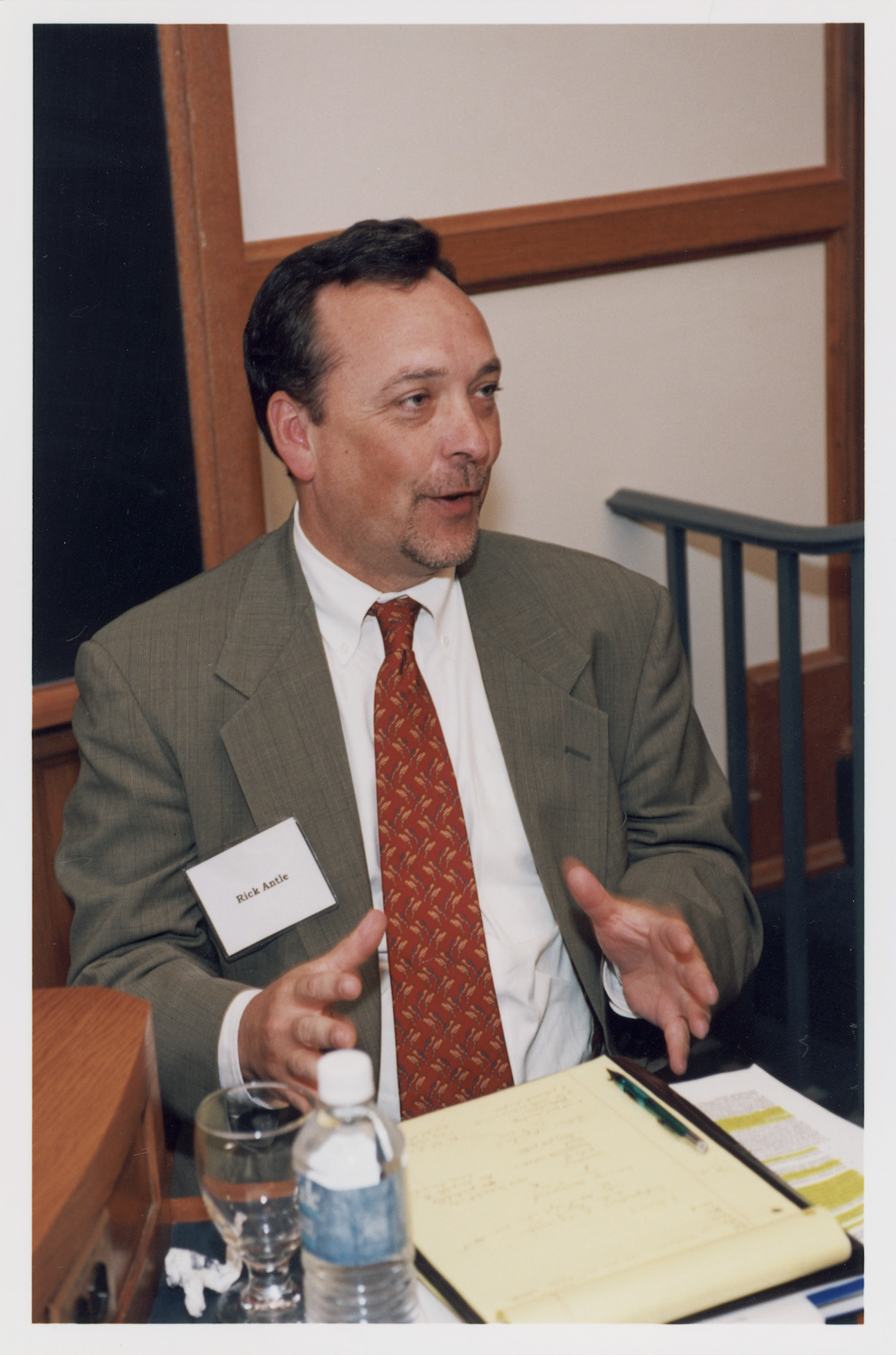 Yale SOM Associate Dean and Prof. Rick Antle