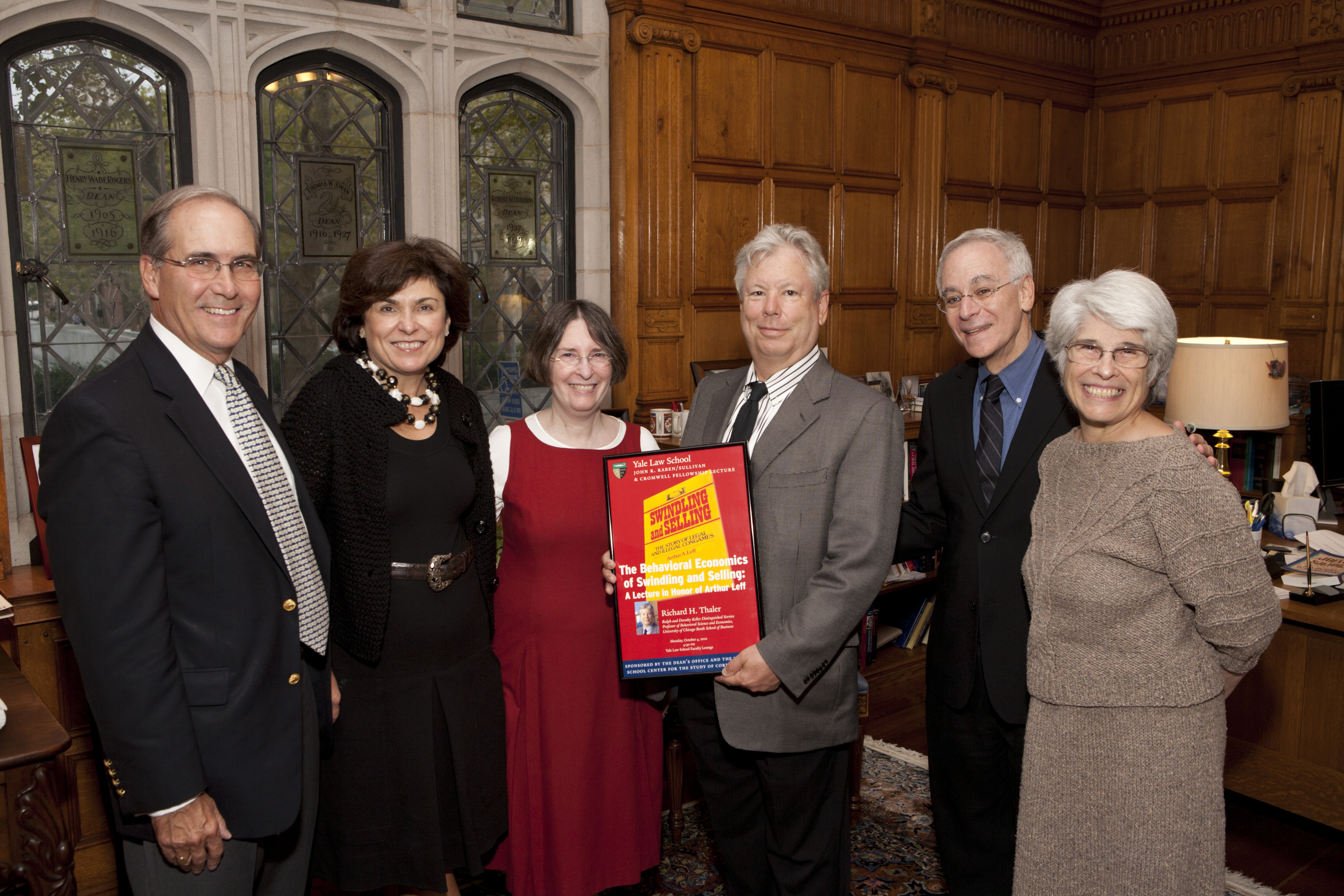 John Raben, Marianna Ponns Cohen, YLS Prof. and Center Dir. Roberta Romano '80, U. of Chicago Booth Prof. Richard H. Thaler, YLS Dean Robert Post '77, and Susan Leff