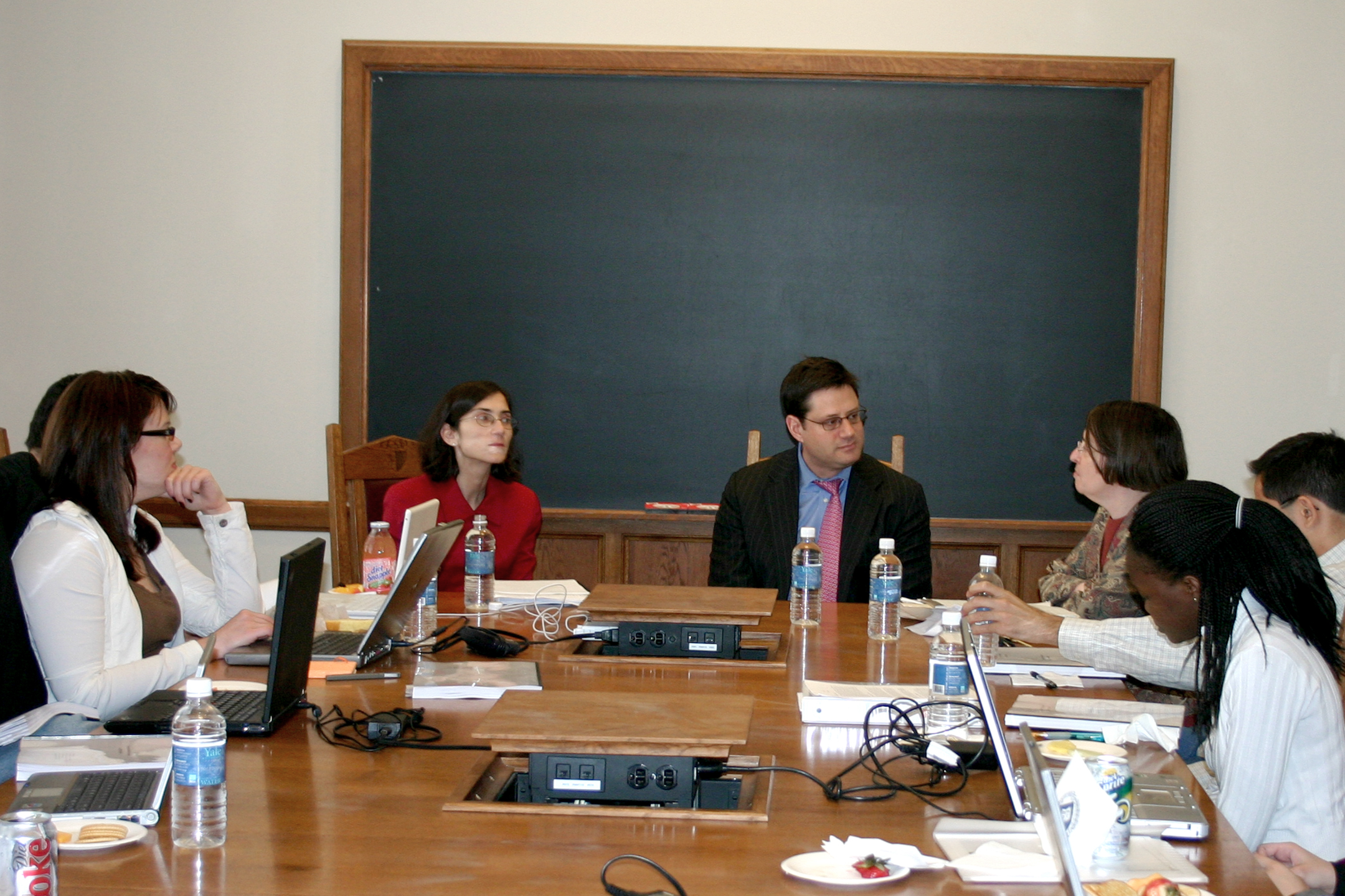 Rosa Testani '88, Stewart Kagan '85, and colloquium class