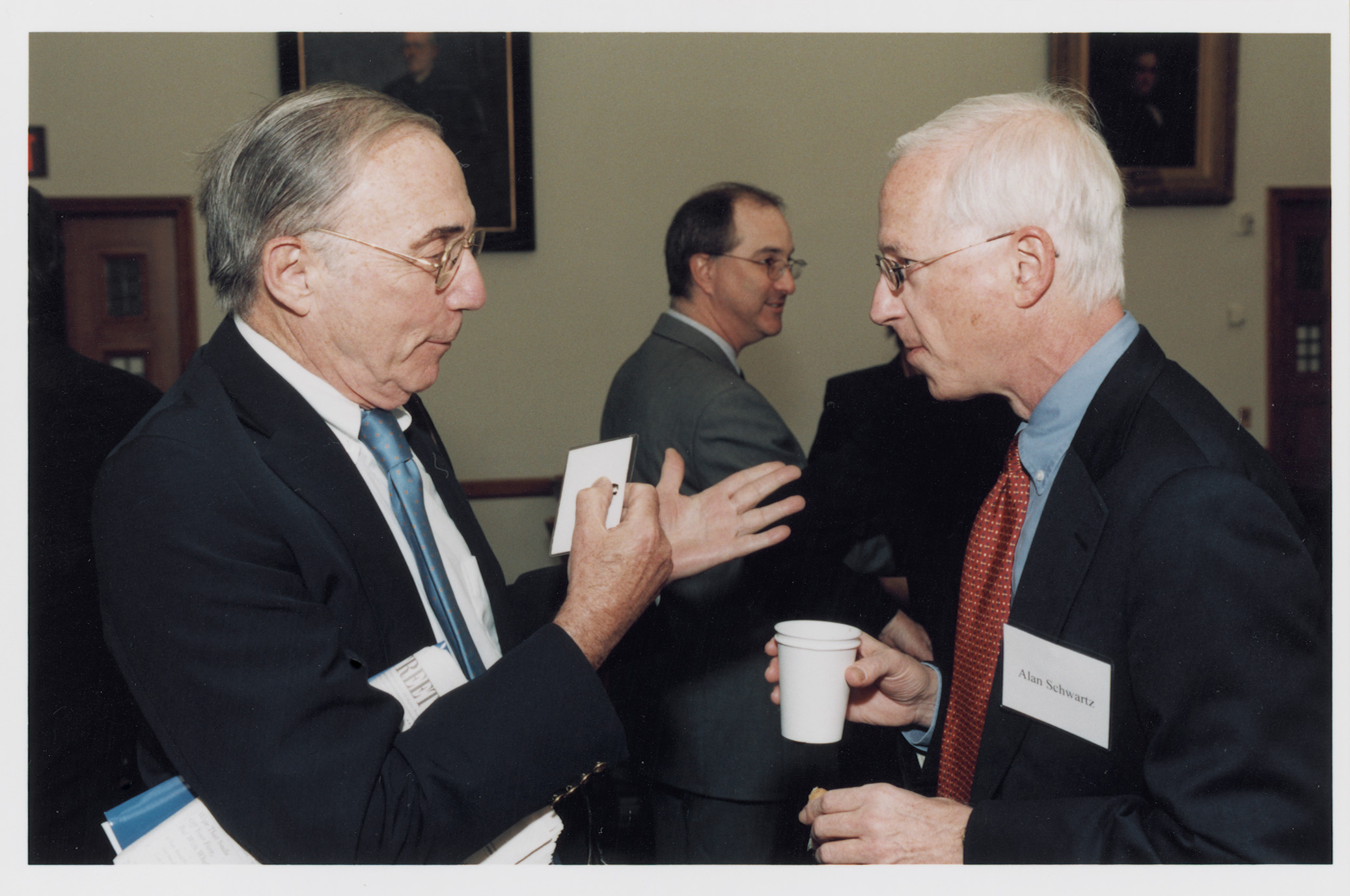 Robert Todd Lang '47 and Prof. Alan Schwartz '64