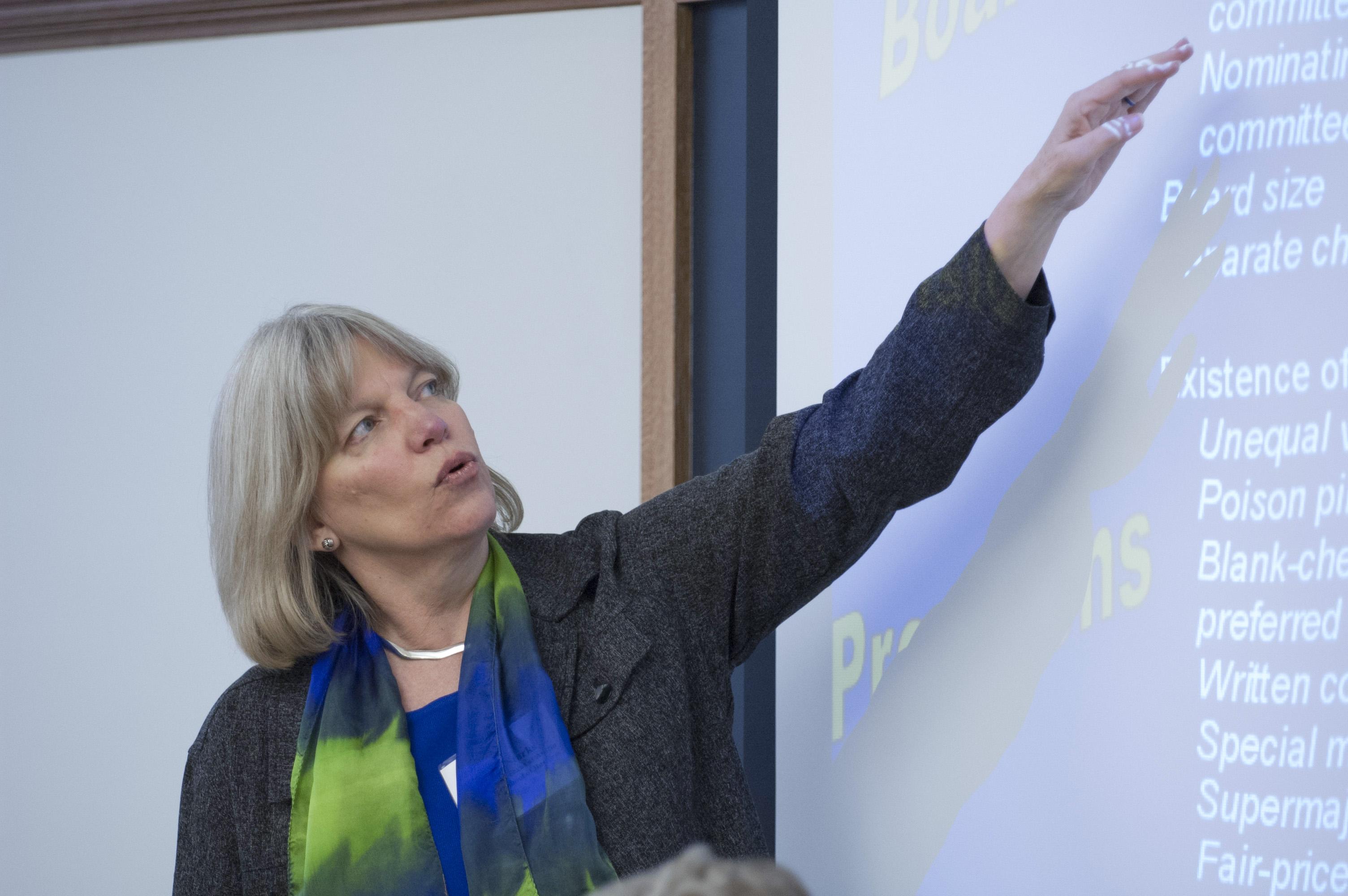 Texas McCombs Prof. Laura Starks