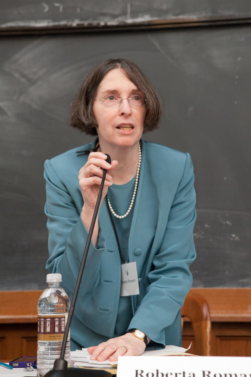 YLS Prof. and Center Dir. Roberta Romano '80