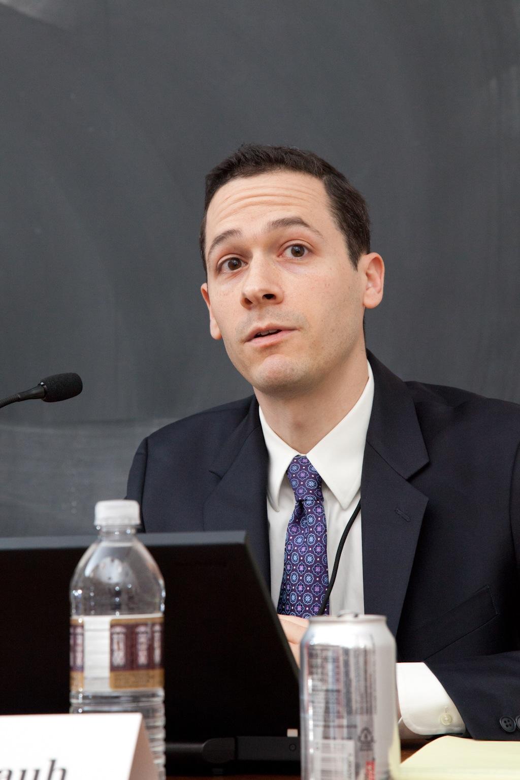 Northwestern Mgmt. Prof. Joshua Rauh