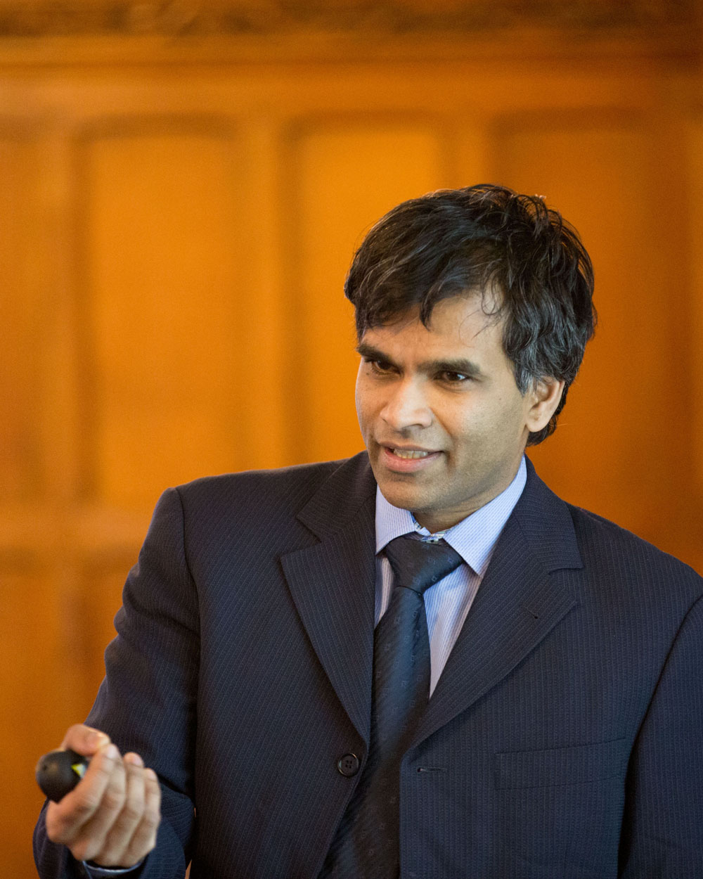 Harvard Econ. Prof. Sendhil Mullainathan