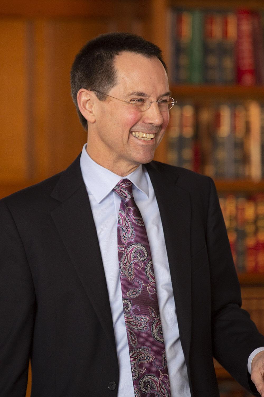 MIT Sloan Prof. Robert Gibbons
