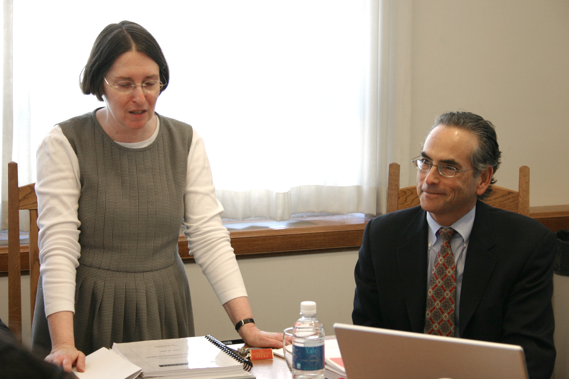 YLS Prof. and Center Dir. Roberta Romano '80 and Paul T. Friedman '80