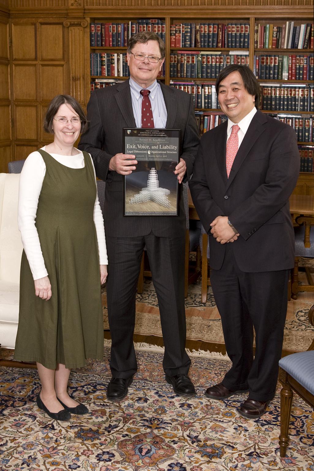 YLS Prof. and Center Dir. Roberta Romano '80, Harvard Law Prof. Reinier Kraakman '79, and YLS Dean Harold Koh