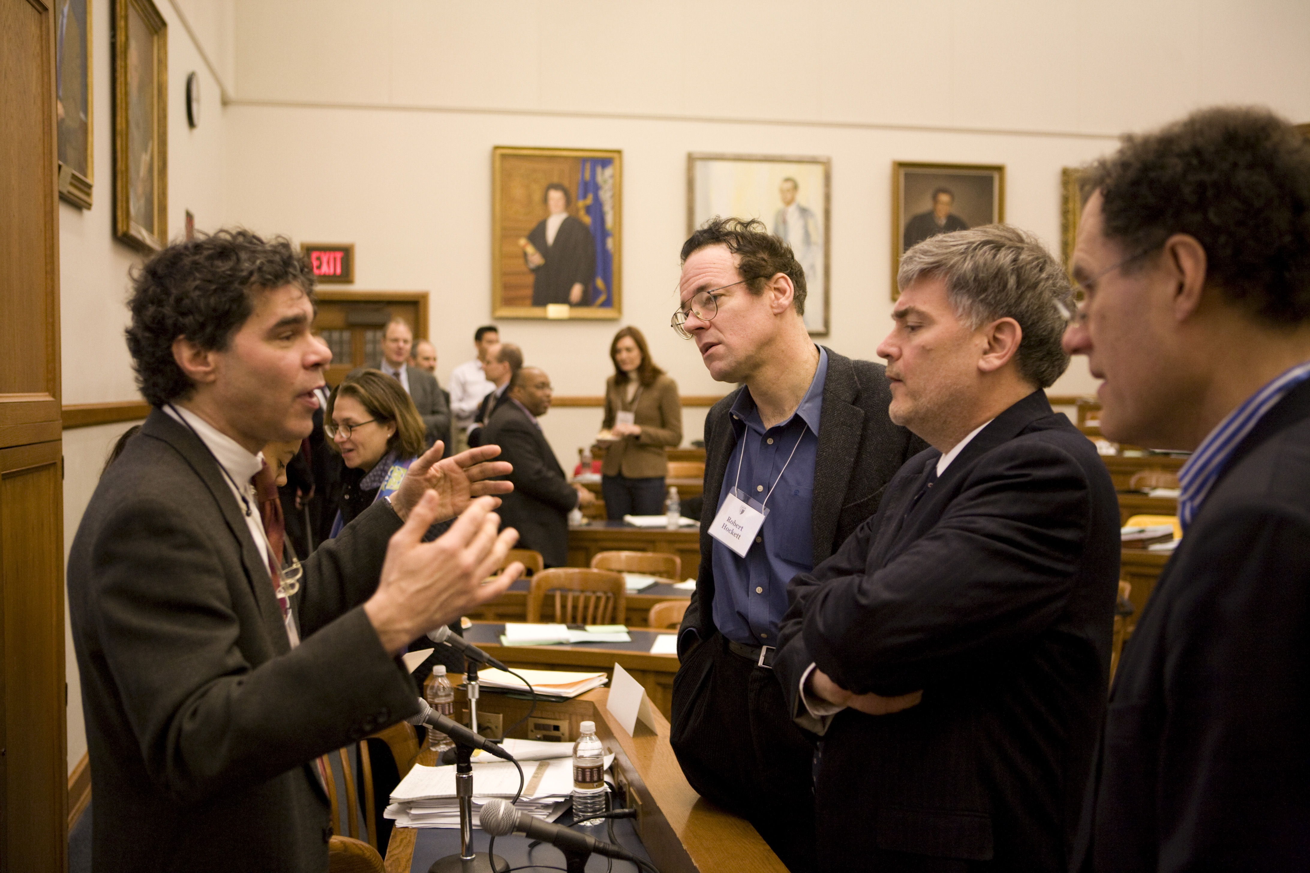 Participants at the 2009 Weil Roundtable discuss during break