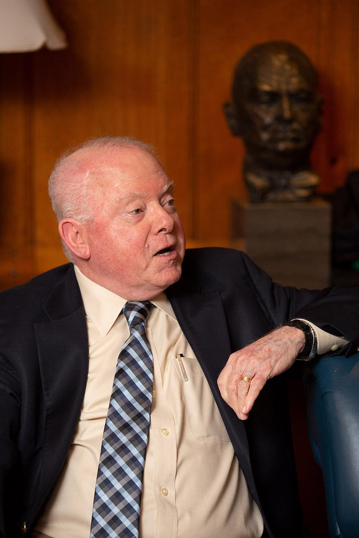 YLS Prof. Emeritus John Langbein asking Vice Chair Randal K. Quarles '84 a question